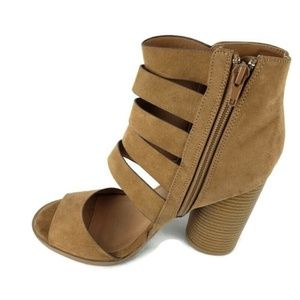 Qupid Laser Cut Tan Block Heel Bootie 6 1/2